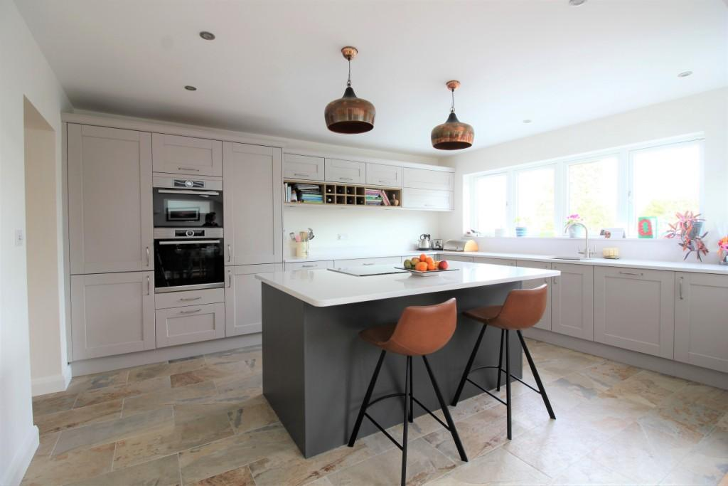 Sherbourne Heritage Grey with Lava – Ashby